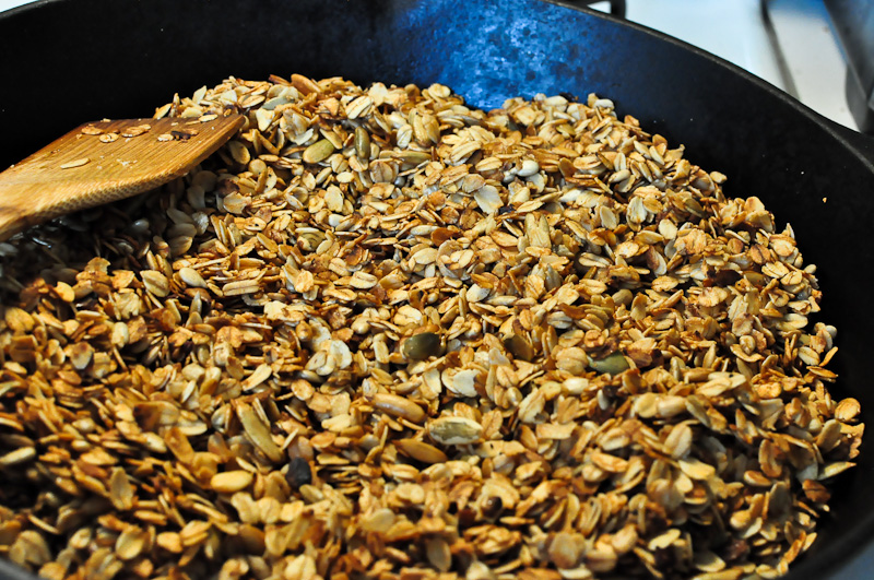 Homemade-granola-cast-iron-2